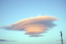 Bild lenticularis linsenförmige wolke